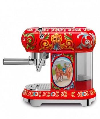Espressor SMEG - ECF01DGEU